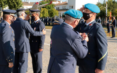 Tablada entrega cuarenta condecoraciones en el Acto de Exaltación de Virtudes Militares